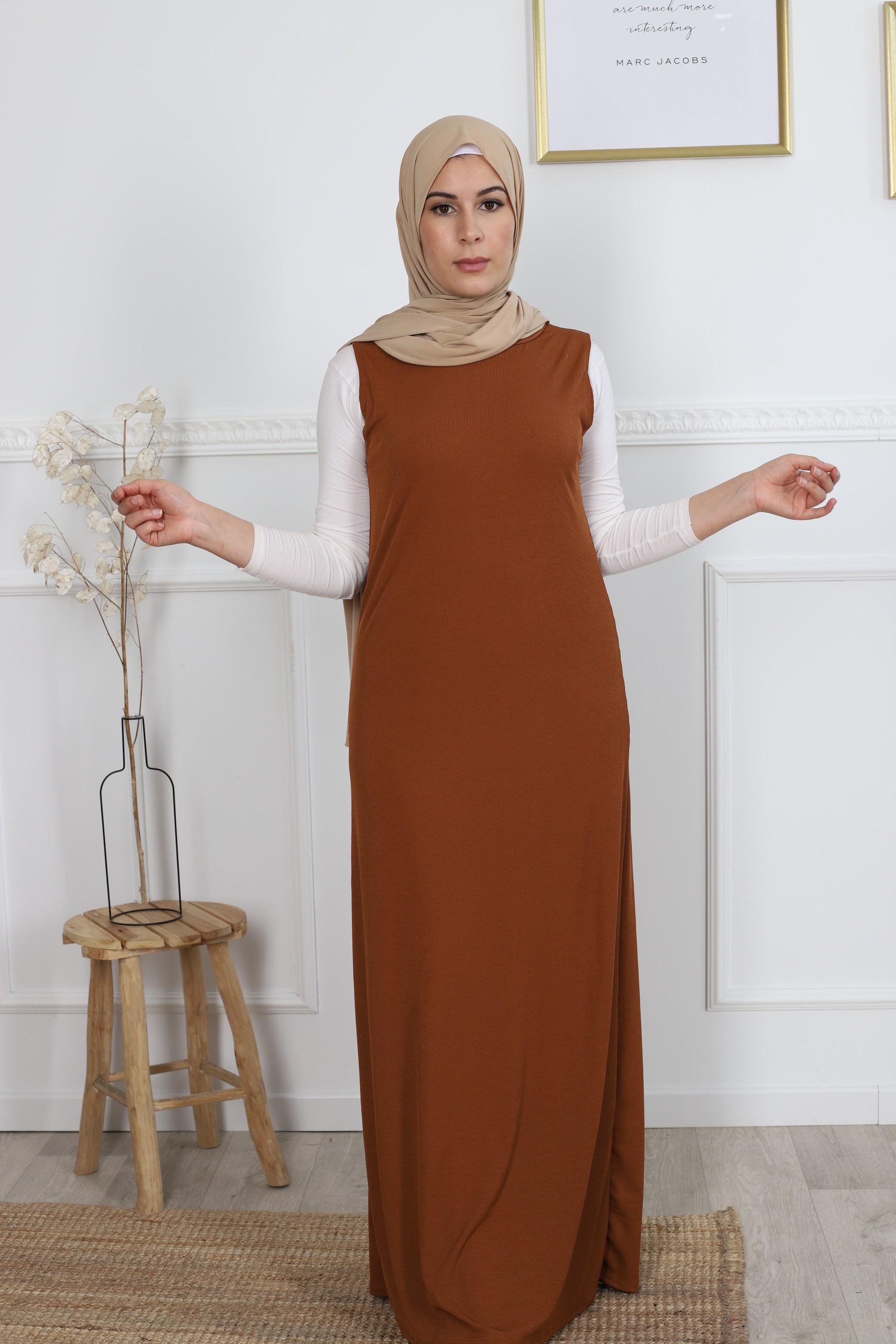 Robe sans manches camel