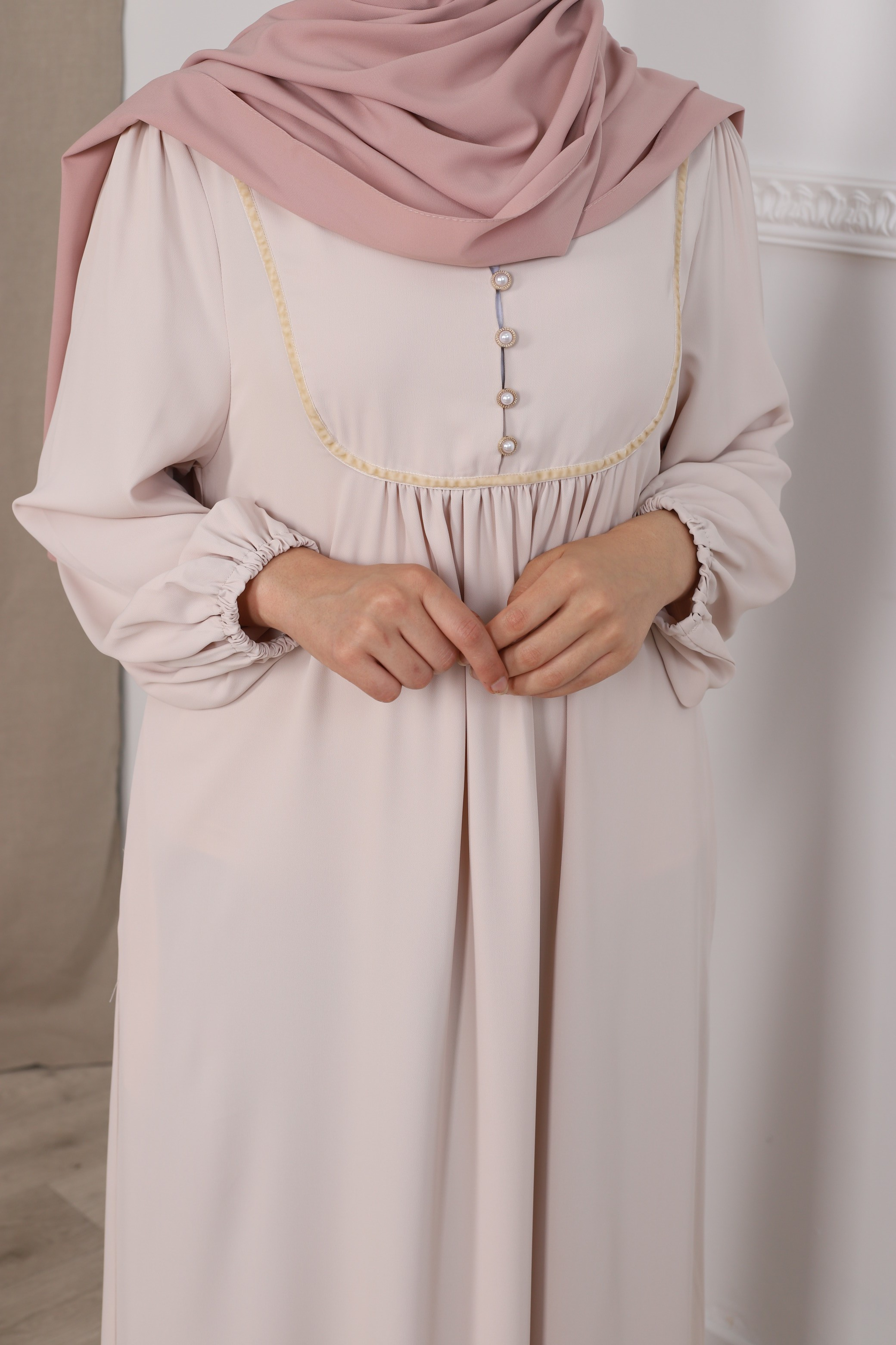 Robe hiya beige clair