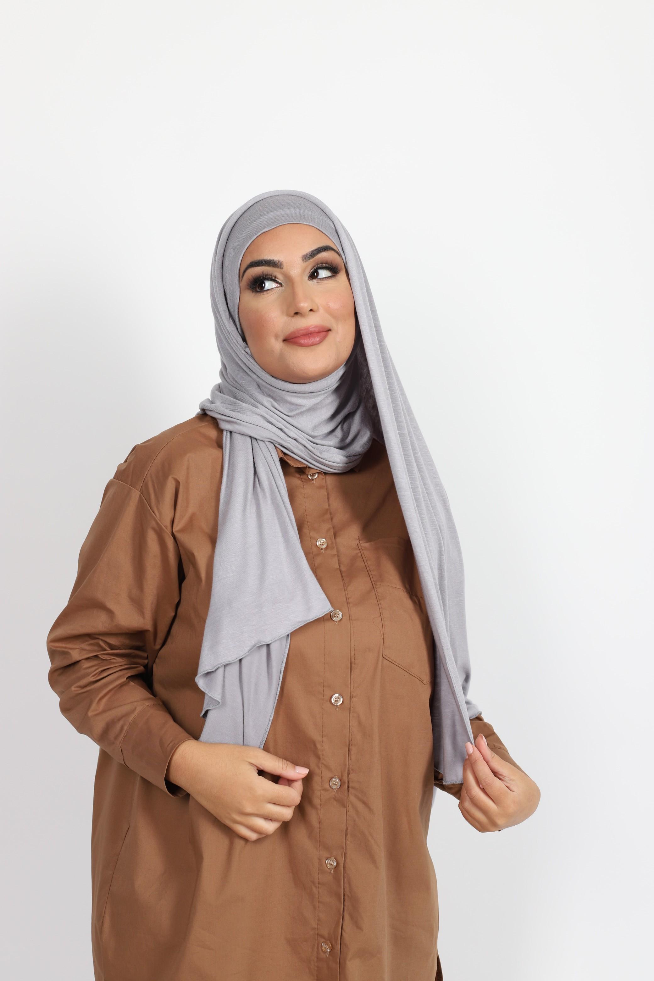Hijab a enfiler gris clair