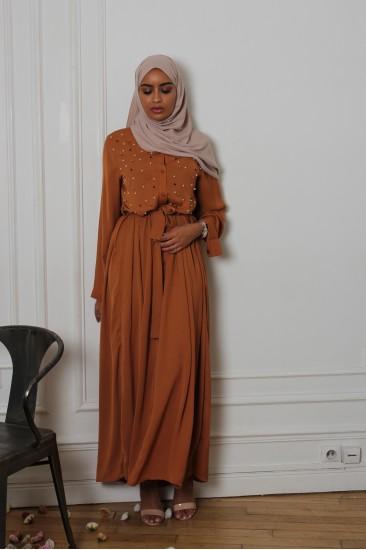 Robe pearly camel