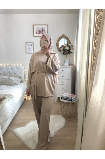ENSEMBLE EVERYDAY beige