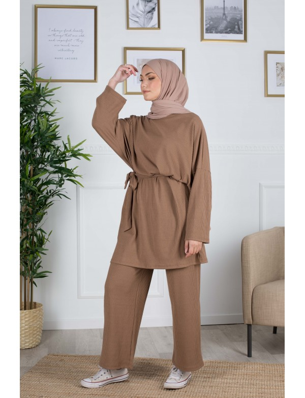 Ensemble cocon camel