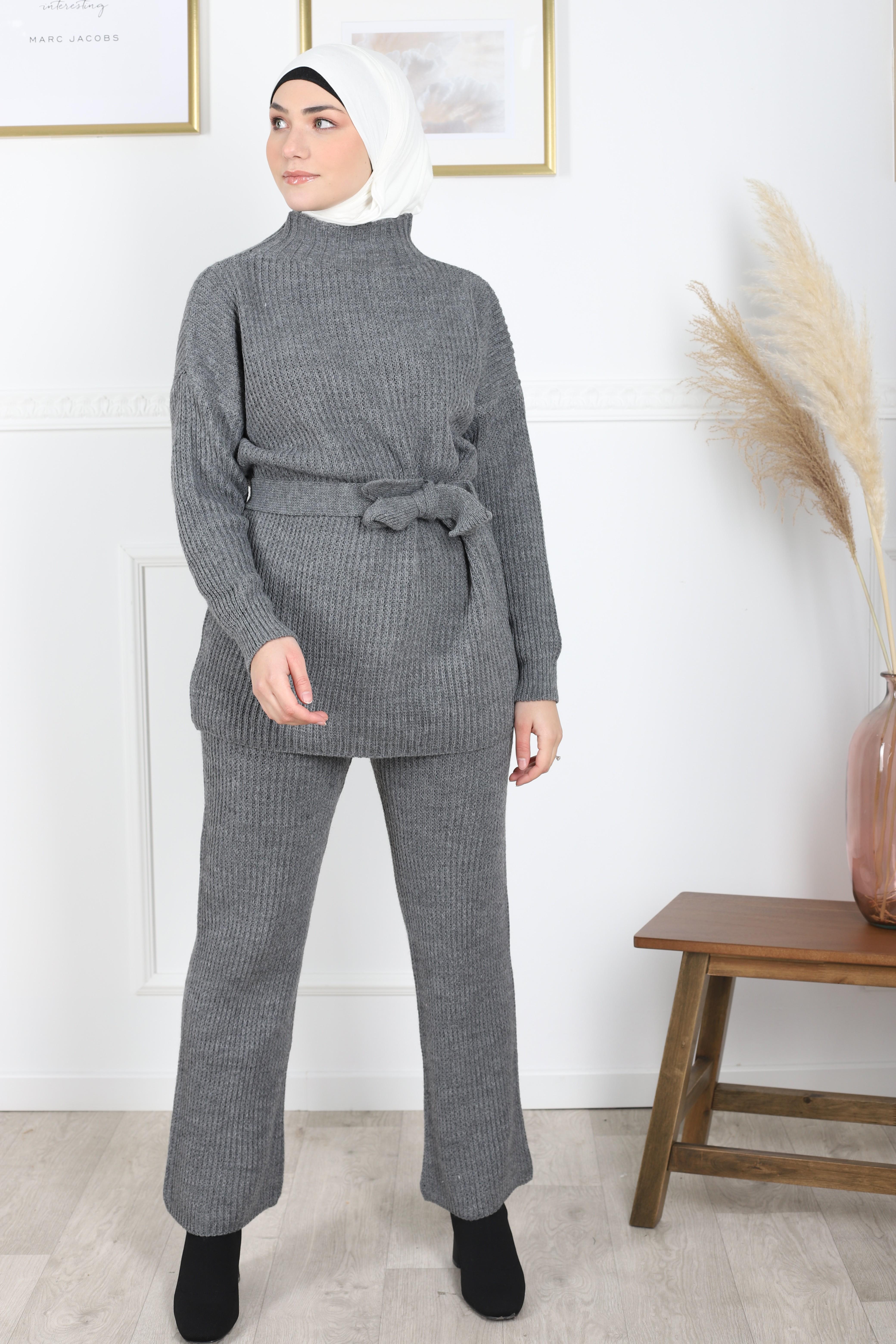 Ensemble tricot gris foncé