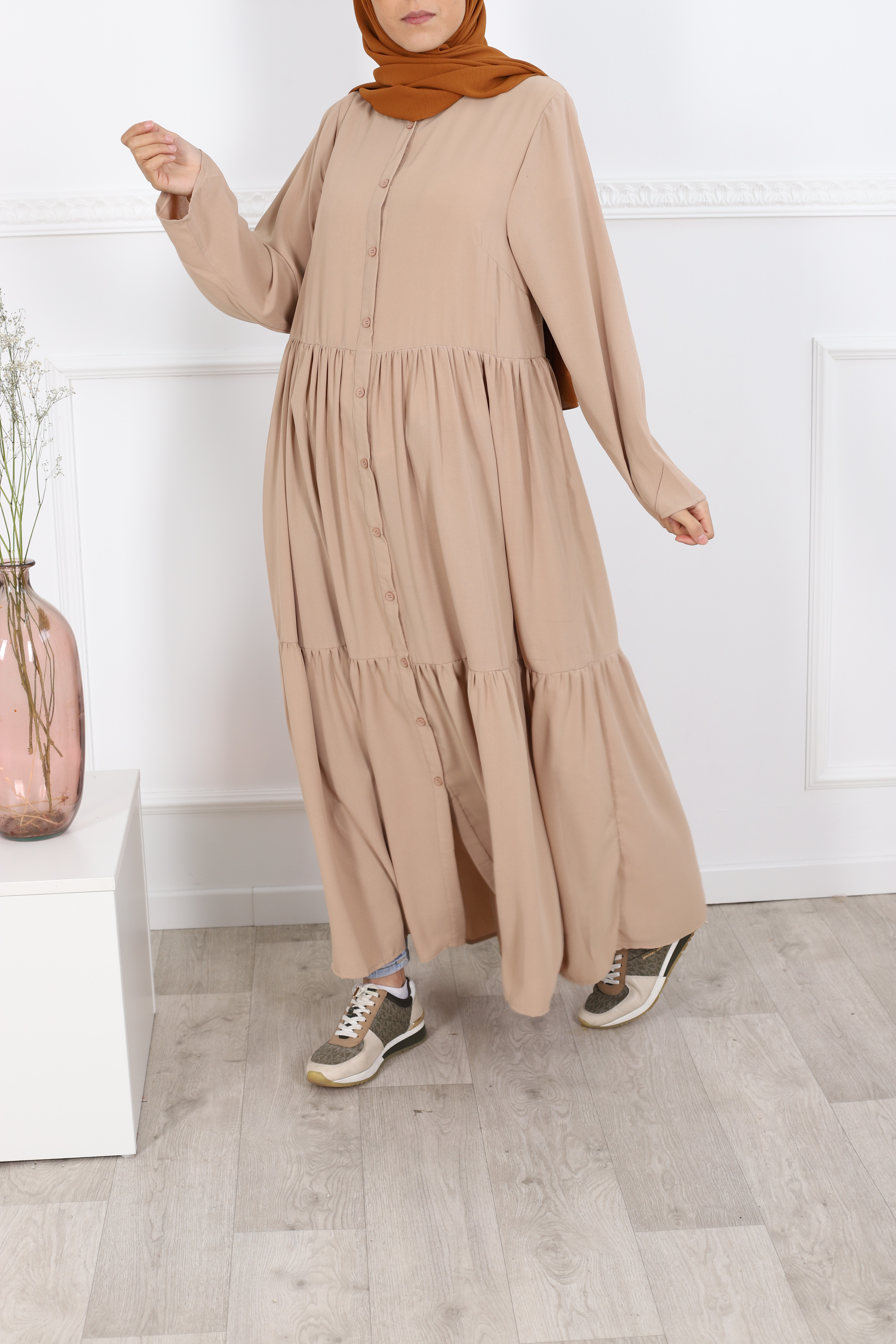 Robe boutons beige