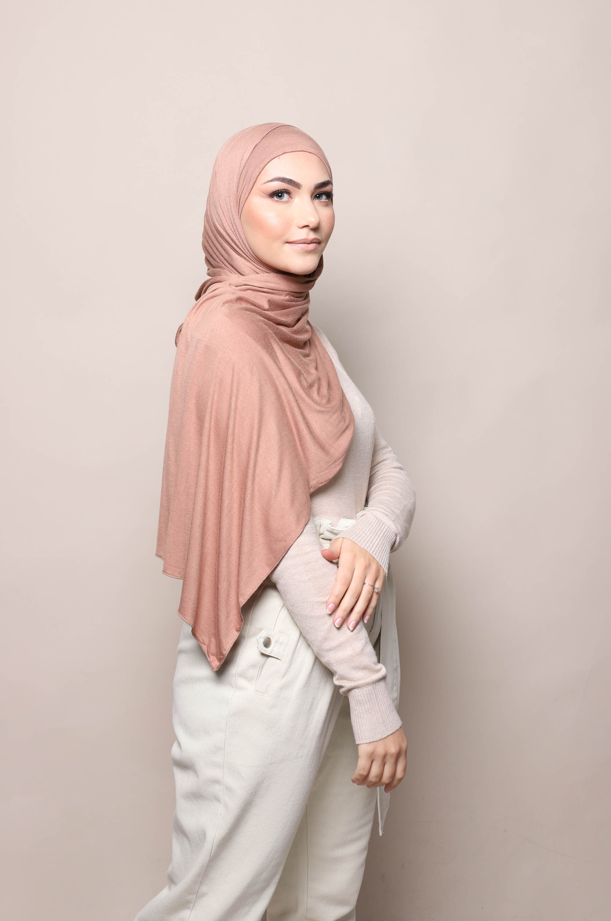 Hijab a enfiler camel