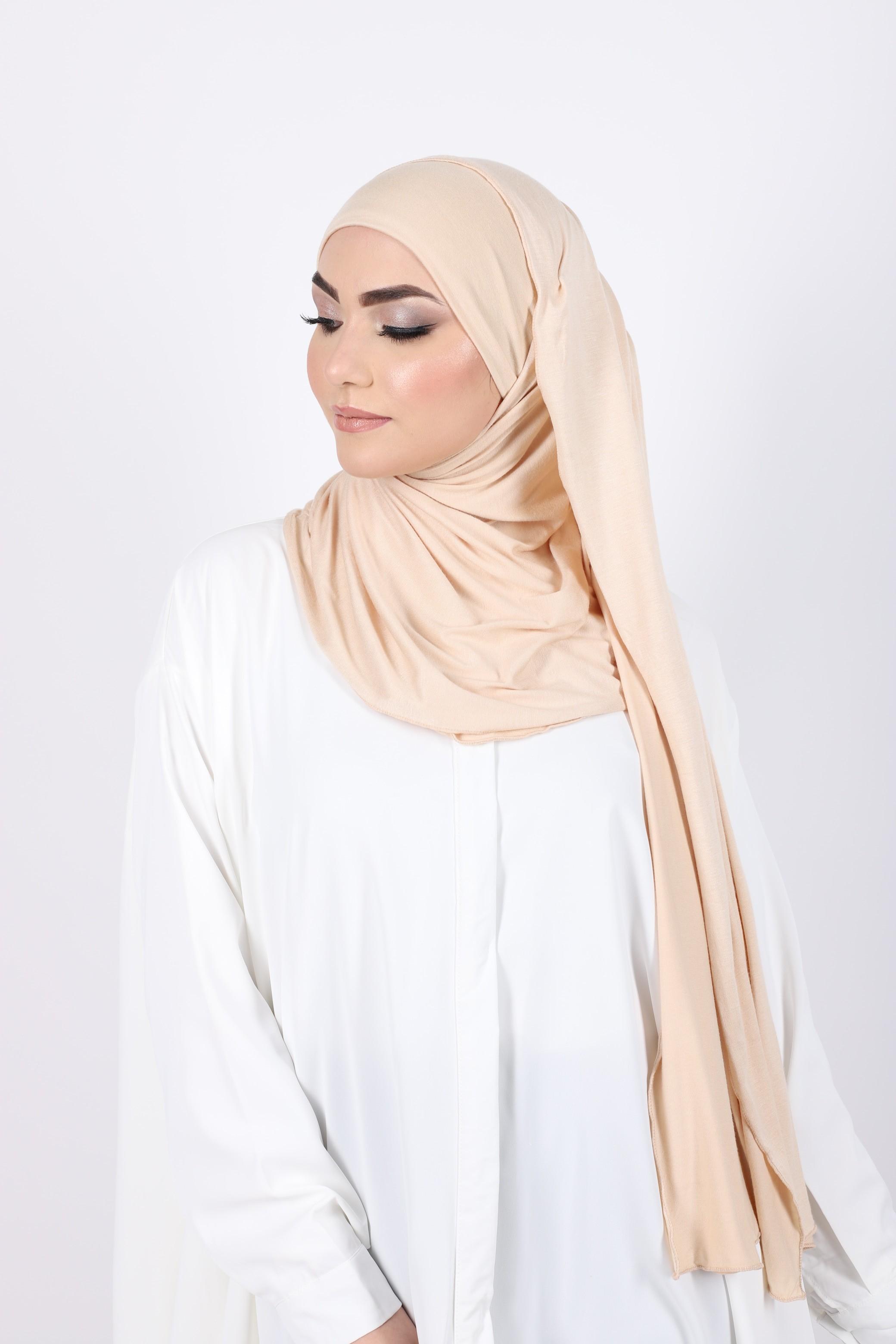 Hijab a enfiler nude